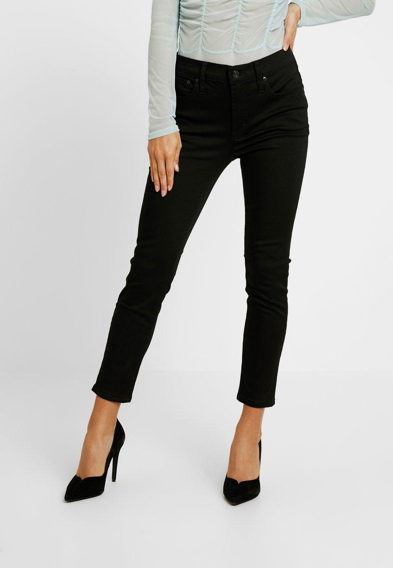 J.CREW PETITE - LOOKOUT HIGH RISE NEW - Jeans Skinny Fit - true black