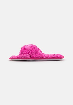 Slippers - hot pink