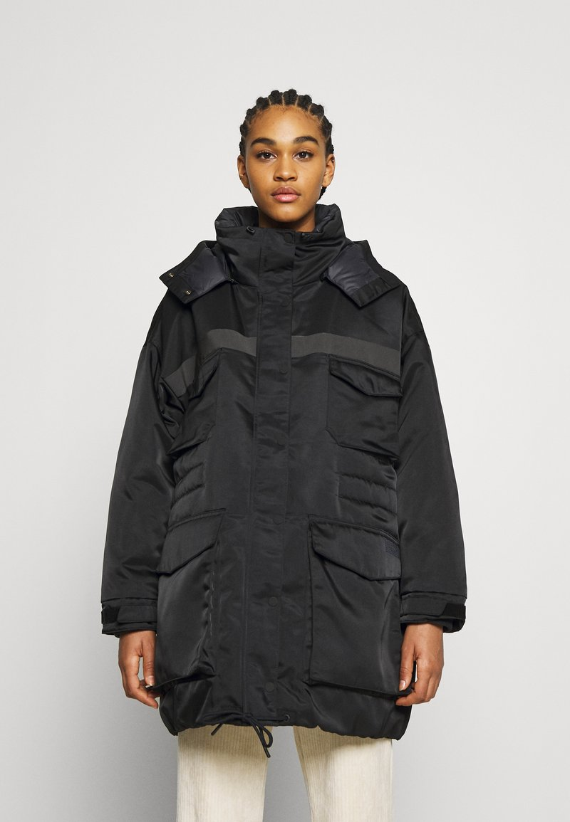 Nike Sportswear - Down coat - black