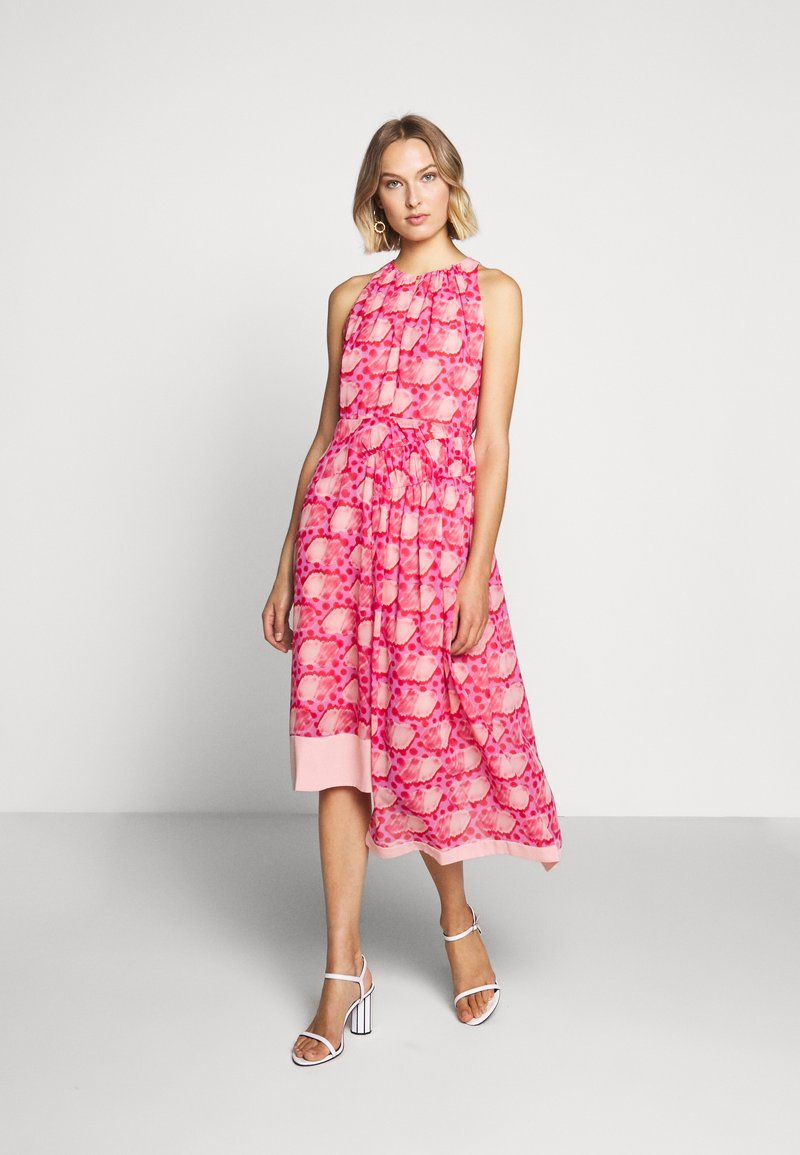 Three Floor - MOSAIC DRESS - Day dress - tomato red/chintz rose
