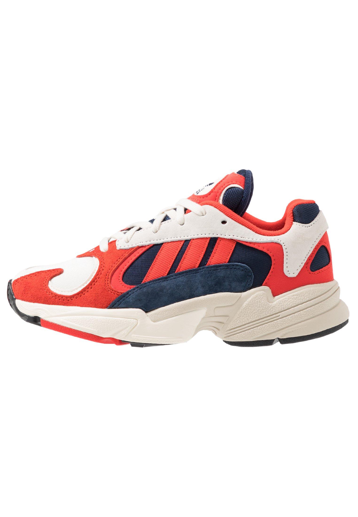 adidas chaussure yung 1