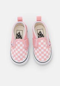 Vans - TD SLIP-ON V - Sneakers laag - powder pink/true white - 3