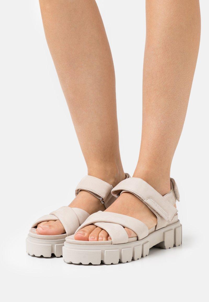Kennel + Schmenger - TRAIL - Platform sandals - beige