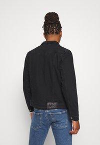 Calvin Klein Jeans - FOUNDATION SLIM - Kurtka jeansowa - washed black - 2
