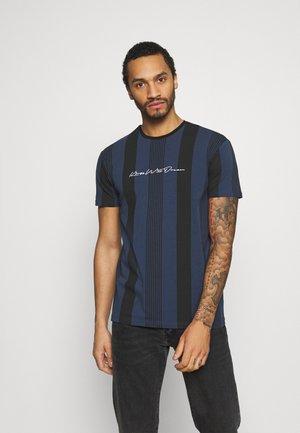 VEDLO - T-shirt med print - jet black / navy