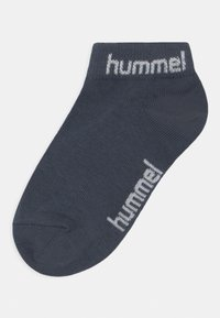 Hummel - TORNO 3 PACK UNISEX - Calcetines tobilleros - blue nights - 1