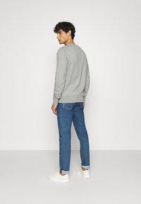 Tommy Hilfiger - CORE  - Sweatshirt - grey - 2