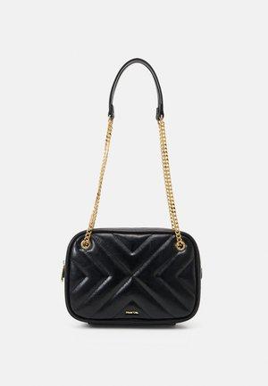 CROSSBODY BAG LANNISTER - Across body bag - black