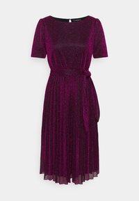 King Louie - BETTY PLISSE DRESS GLITTER PLISOLEY - Jersey dress - vivid purple - 0