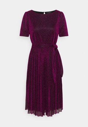 BETTY PLISSE DRESS GLITTER PLISOLEY - Jerseykjole - vivid purple