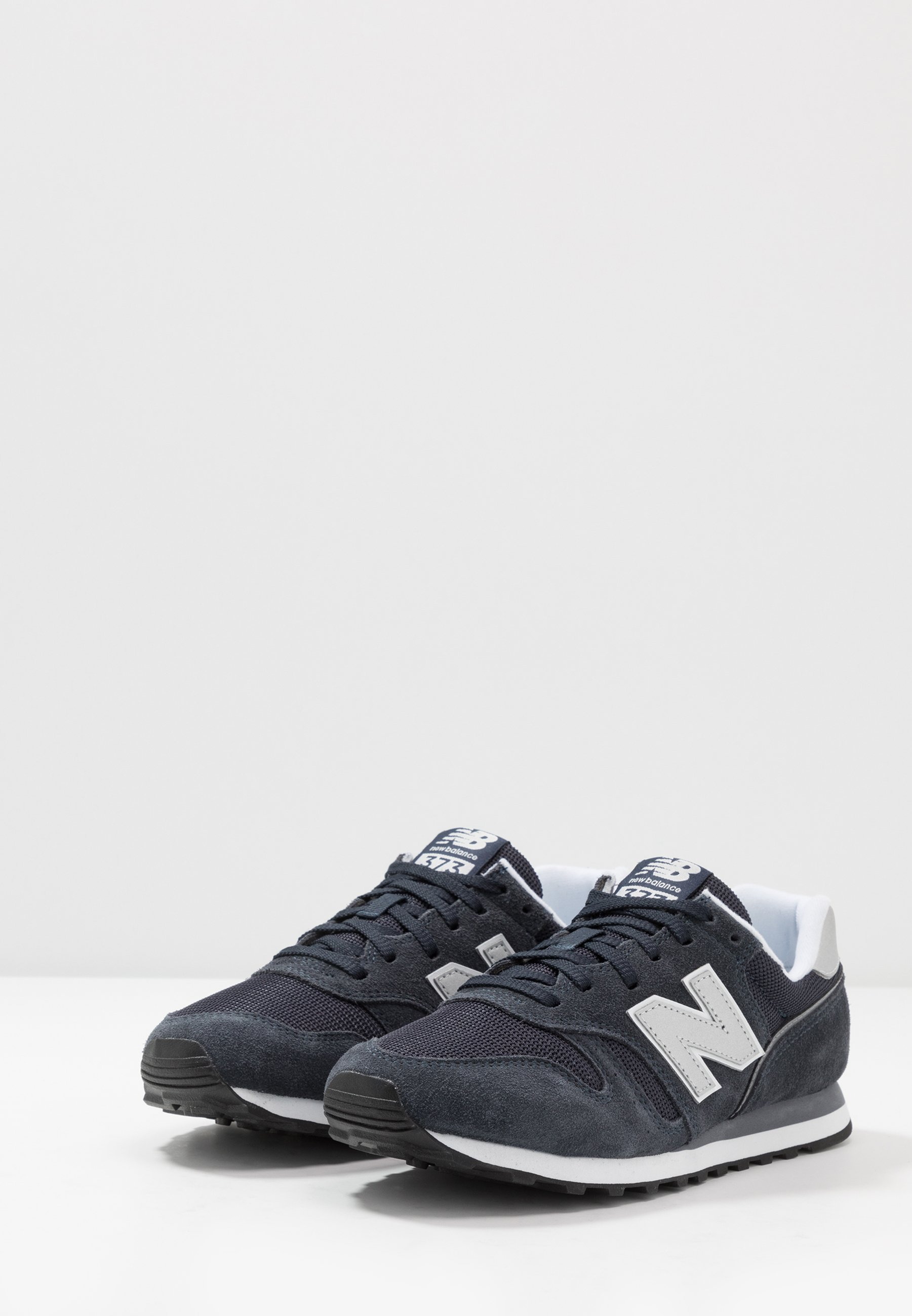 new balance 373 bleu navy