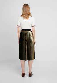 Dorothy Perkins - PLEATED SKIRT - A-linjainen hame - gold - 2