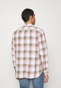 Levi's® - JACKSON WORKER - Overhemd - bleached datolite vetiver - 2