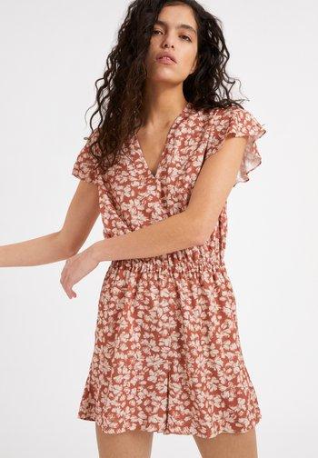 AAILU STRAW FLOWER - Day dress - oatmilk
