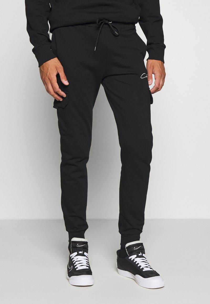 CLOSURE London - UTILITY JOGGER - Spodnie treningowe - black