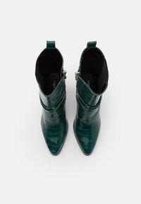 Tata Italia - Støvletter - green - 5