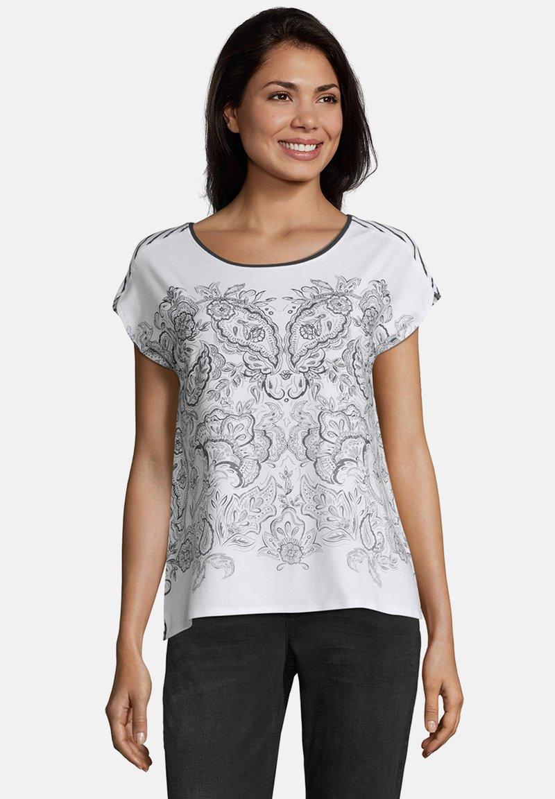 Betty & Co - Print T-shirt - weiß blau