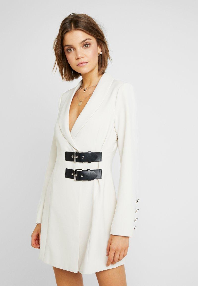 4th & Reckless - REGINA - Shift dress - cream structured