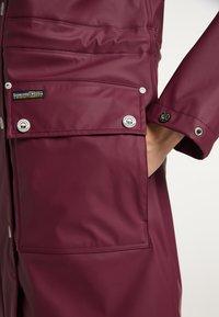Schmuddelwedda - Waterproof jacket - bordeaux - 3