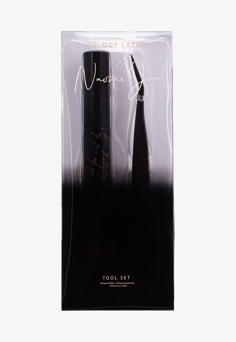 Melody Lashes - NAOMI JON X TOOL SET - Makeup set - black