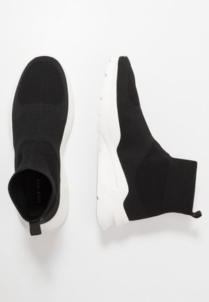 Baskets montantes - black/white