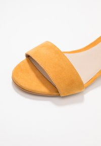 mint&berry wide fit - Sandals - yellow - 2