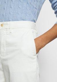 Polo Ralph Lauren - SLIM LEG PANT - Pantalones - warm white - 4