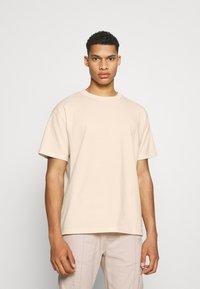 The Couture Club - OVERSIZED - Print T-shirt - ecru - 2