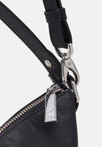 Picard - WAVE - Handbag - schwarz - 5