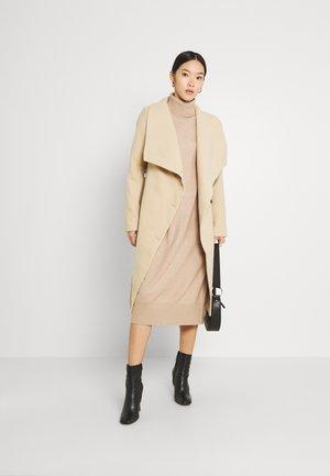 CARLY CORNEL COAT - Classic coat - beige