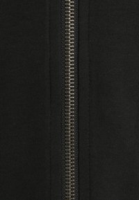 Jack & Jones - JJEBASIC ZIP HOOD - Tröja med dragkedja - black - 2