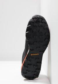 adidas Performance - TERREX SKYCHASER LT GTX - Trail running shoes - grey three/core black/active orange - 4
