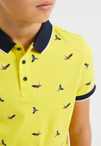 WE Fashion - Polo shirt - bright yellow - 2