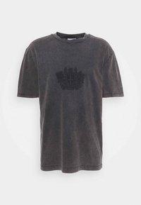 Han Kjøbenhavn - BOXY TEE - Print T-shirt - faded dark grey - 3