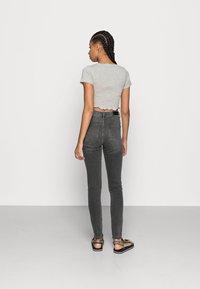 Vero Moda - VMSOPHIA  - Jeans Skinny Fit - dark grey denim - 3