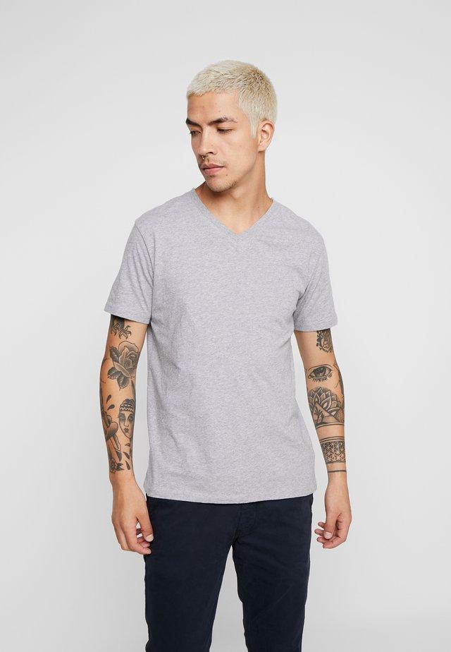 BASIC REGULAR FIT V-NECK TEE - T-shirt basic - grey melange