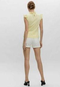 Vero Moda - Blouse - yellow - 2