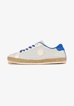PALOMA F2F - Trainers - white/blue