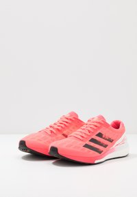 adidas Performance - ADIZERO BOSTON 9 M - Zapatillas de running estables - signal pink/core black/copper metallic - 2