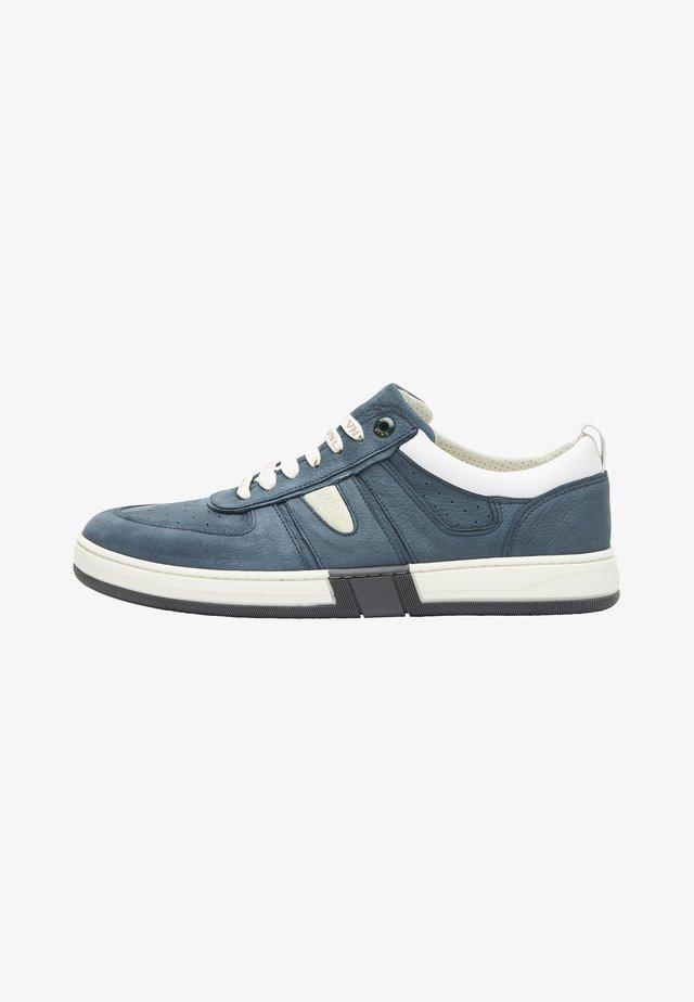 SCHOENEN LEON - Sneakers laag - weiß