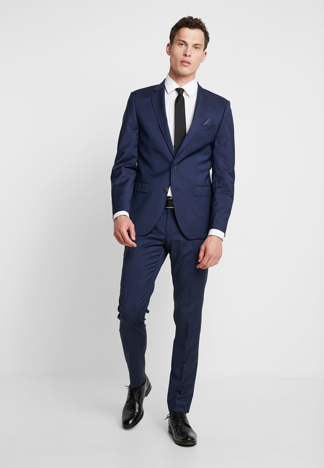 SLIM FIT - Costume - blau