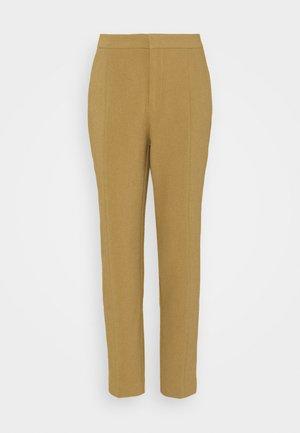 BASIC BUSINESS PANT SLIM LEG - Trousers - camel