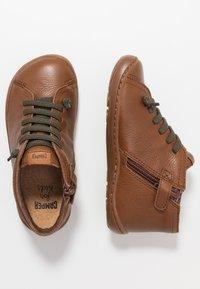 Camper - PEU CAMI KIDS - Volnočasové šněrovací boty - tan - 0