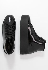 Versace Jeans Couture - HIGH UPPER PLATFORM SOLE - Sneakersy wysokie - nero - 3