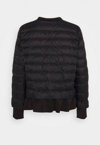 Emporio Armani - Down jacket - noir - 1