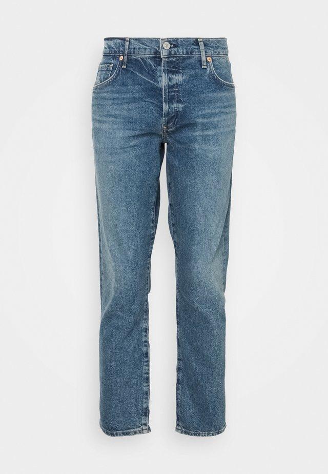 EMERSON - Jeans baggy - blue denim