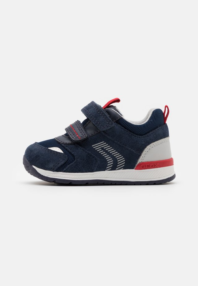 RISHON BOY - Sneakers basse - navy