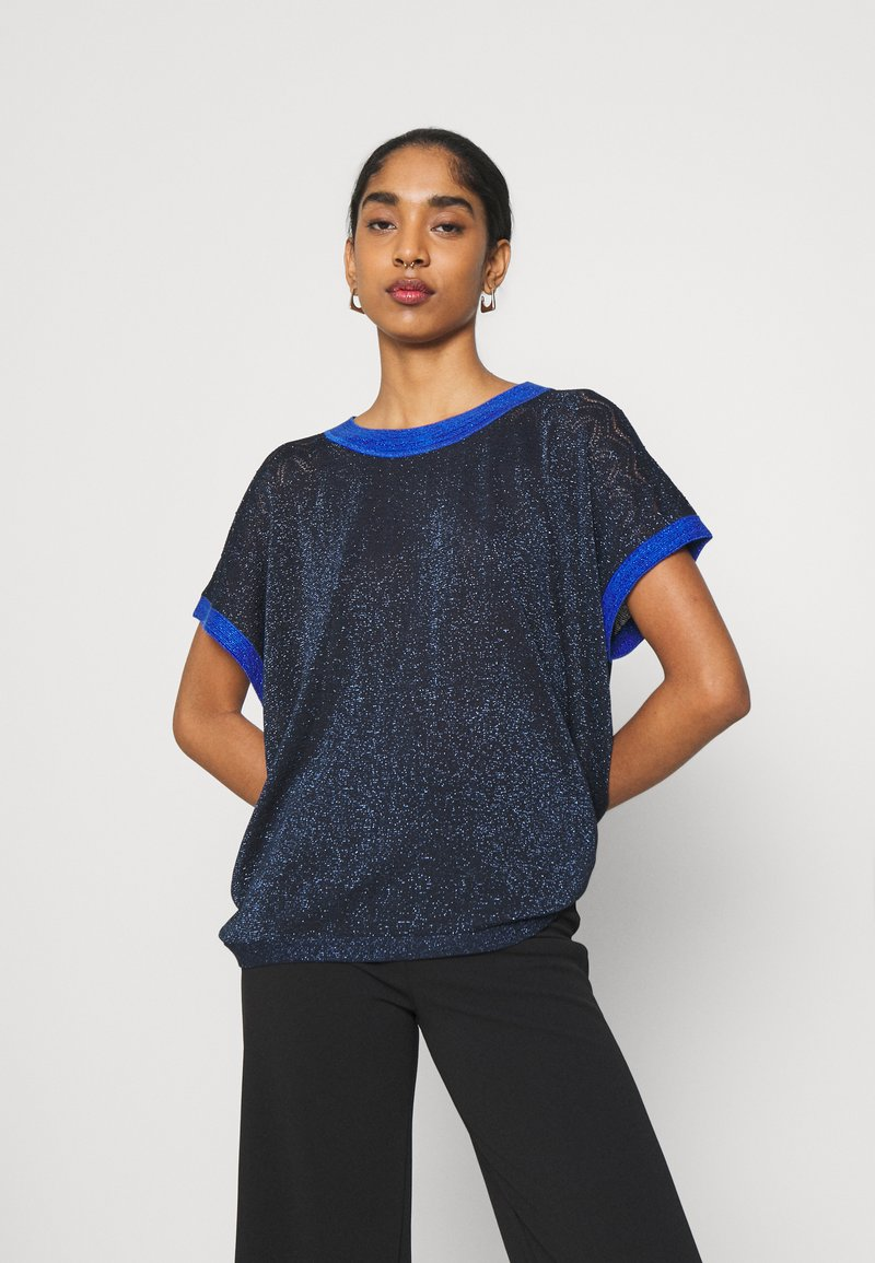 Nümph - NUBELINDA DARLENE - Print T-shirt - dark blue