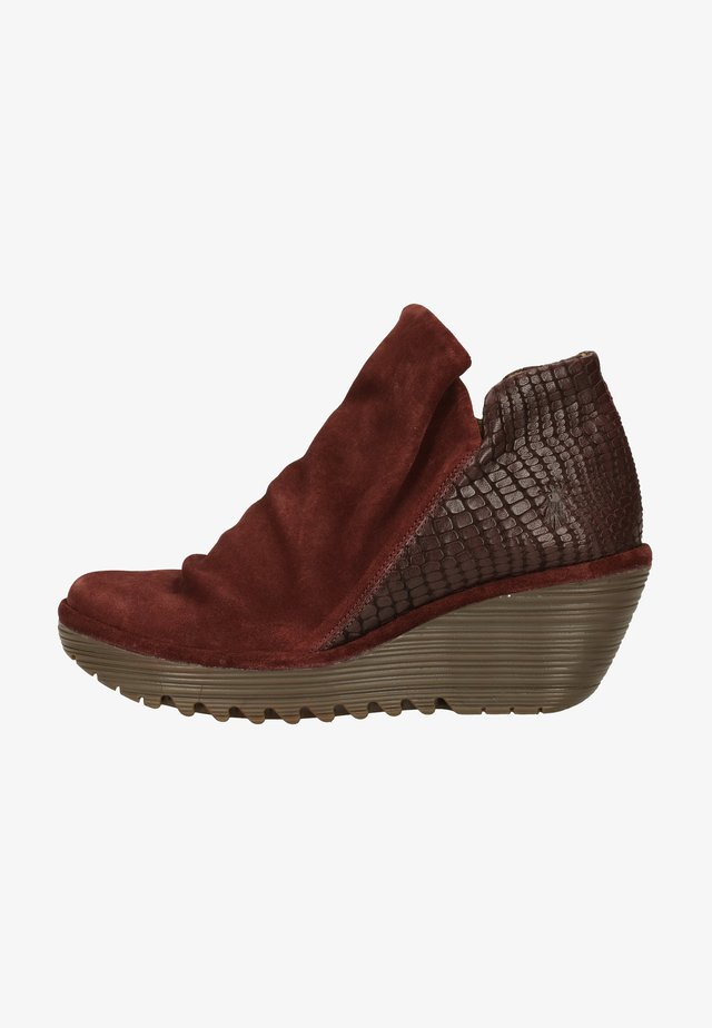 Wedge Ankle Boots - wine
