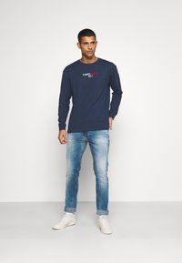 Tommy Jeans - CONTRAST LINEAR  - Long sleeved top - twilight navy - 1